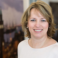 Yvonne Metzing, Officemanagement